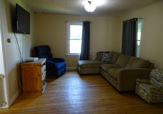 Two One Bedroom Home For Rent In Kingston 14 Fifth Ave
