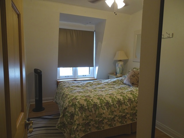 Two Bedroom Kingston Apartment At 28 Maitland St Unit 4
