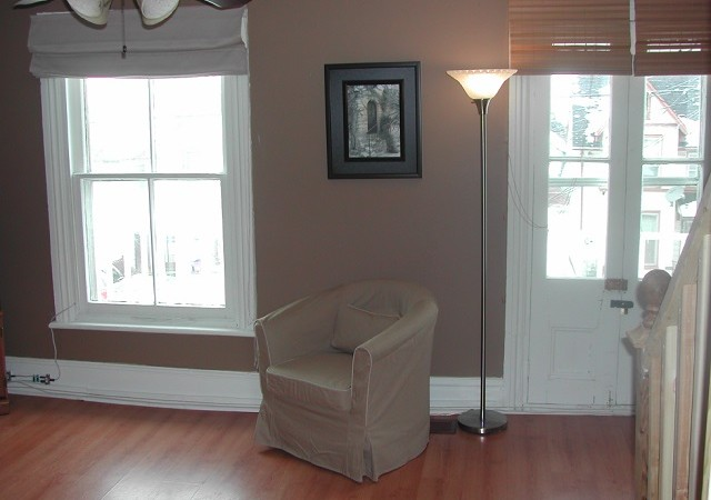 Two Bedroom Apartment In Kingston 330 Montreal St Unit 2 Panadew Property Management Kingston