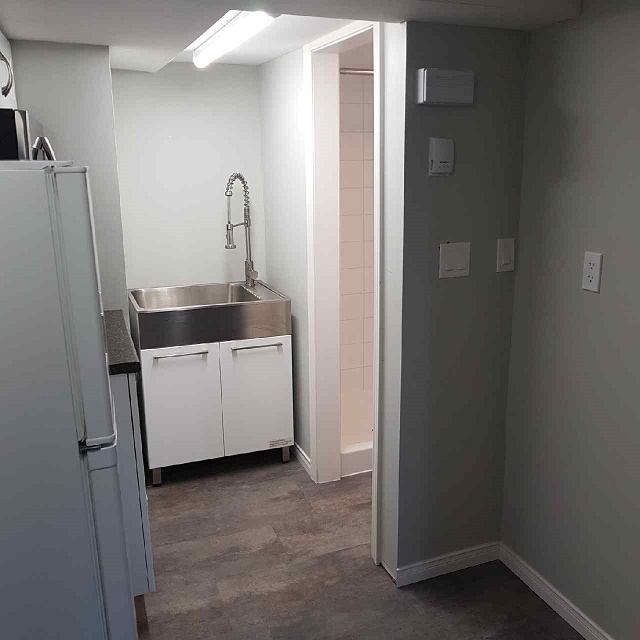 Bachelor Apartment for Rent in Kingston 288 Union St Unit ...