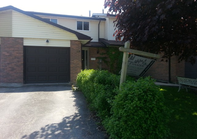 Three bedroom home in kingston for rent 25 windfield cres panadew property management kingston for 3 bedroom house for rent kingston ontario